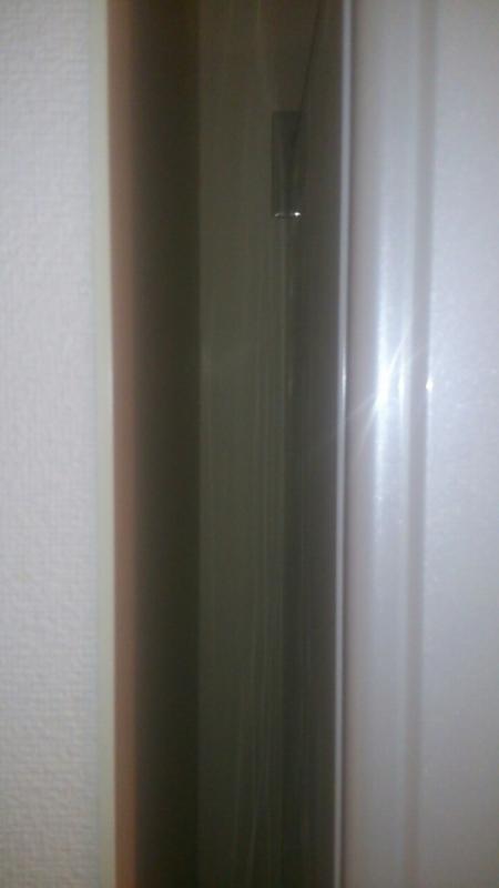 冷蔵庫は壁から適切な距離を離すと節電に。