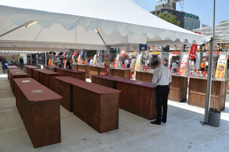 立食席の飲食スペース