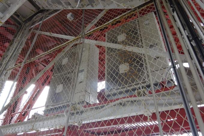 外側からは見えないさっぽろテレビ塔の裏側