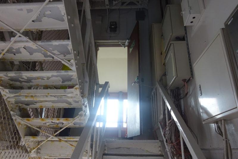 地上90.38m、さっぽろテレビ塔の展望台へ到達
