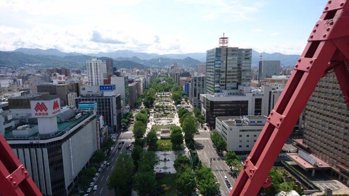 外階段から見る大通公園