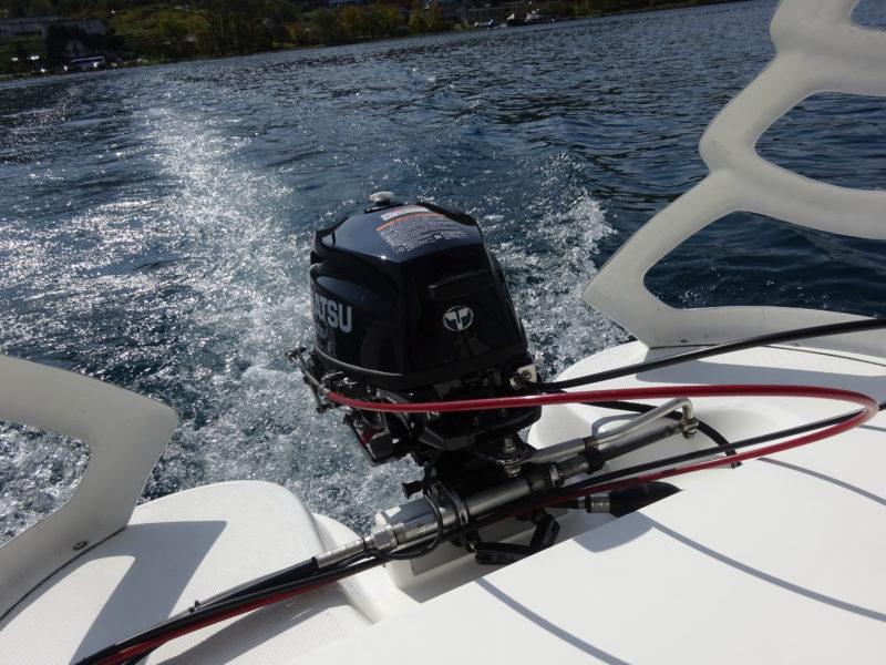 スワンボートのエンジン