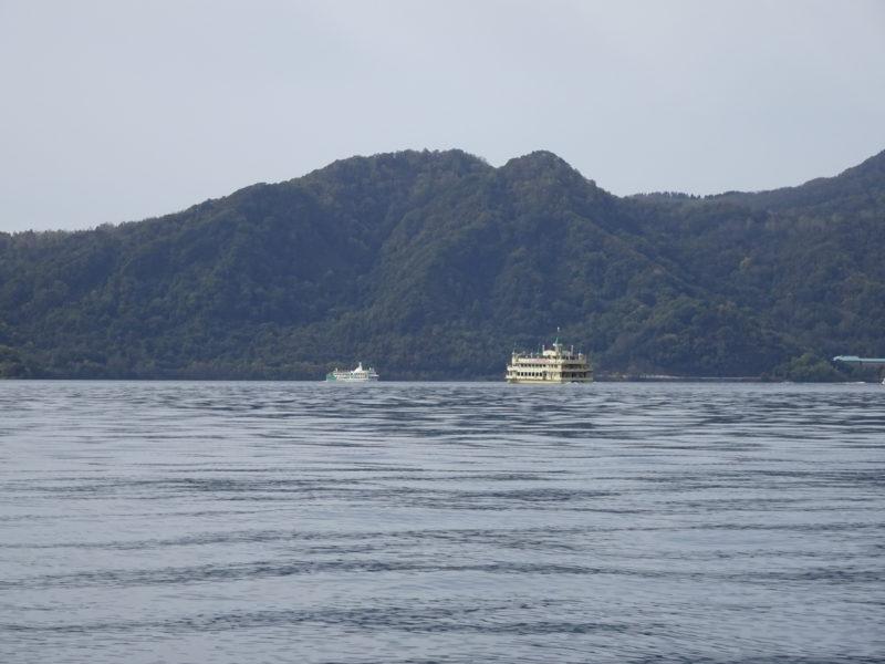 洞爺湖汽船の遊覧船