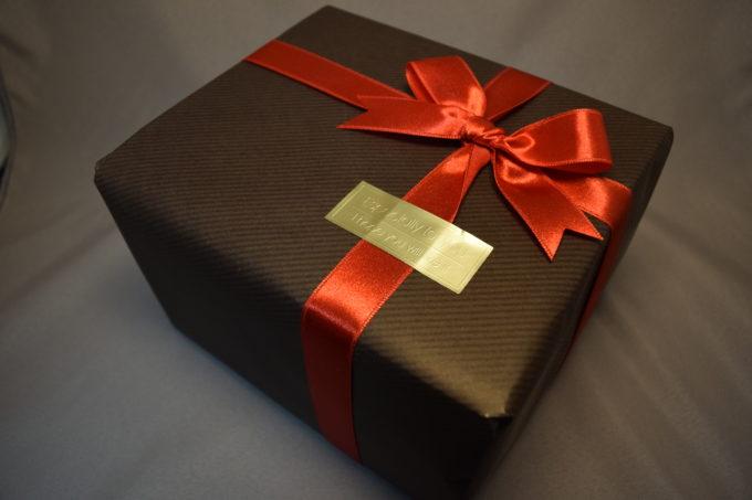 アトリエ陶楽では、プレゼント用にラッピング