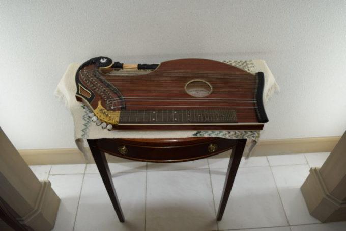 雪の館にある楽器