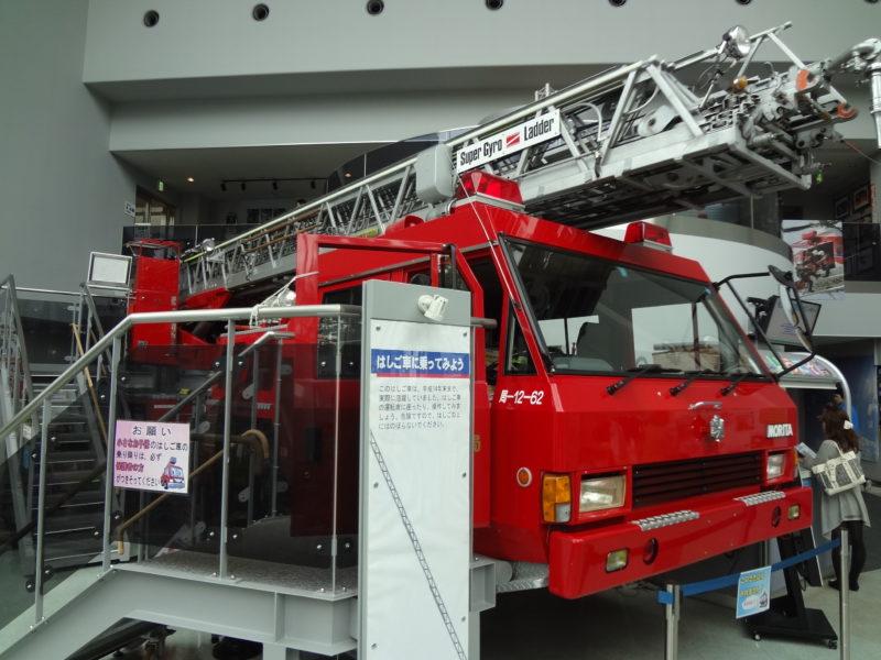 30m級のはしご車