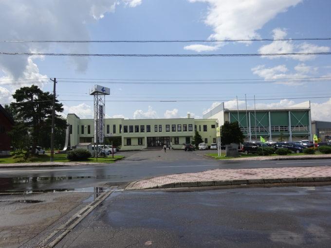 秩父別町ファミリースポーツセンター前が第1駐車場