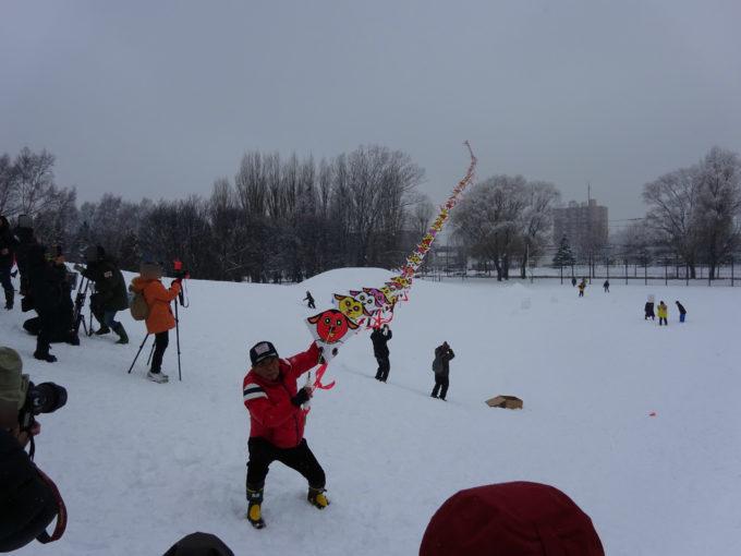 伏古公園「干支の連凧揚げ」