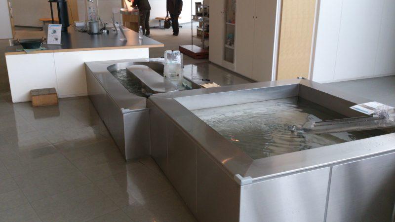 水のプレイテーブル