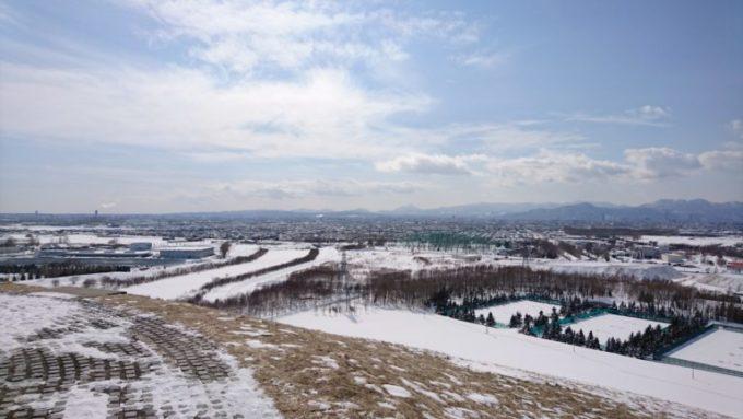 モエレ山の山頂からの札幌市街地方面