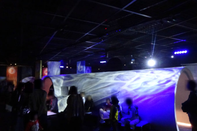 札幌市下水道科学館の雷・豪雨体験