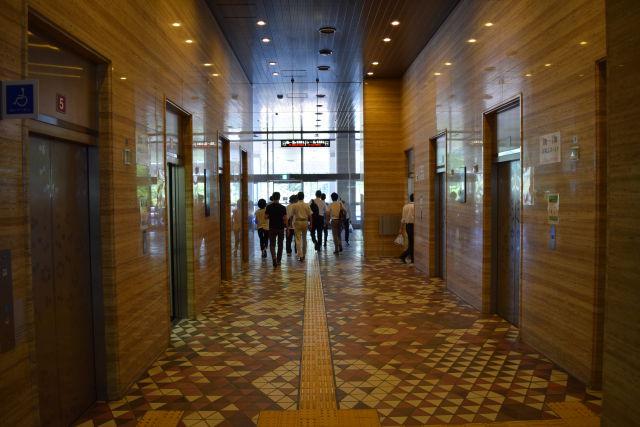 札幌市役所本庁舎のエレベーター