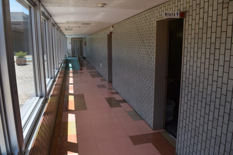 展望回廊にある男女別トイレ