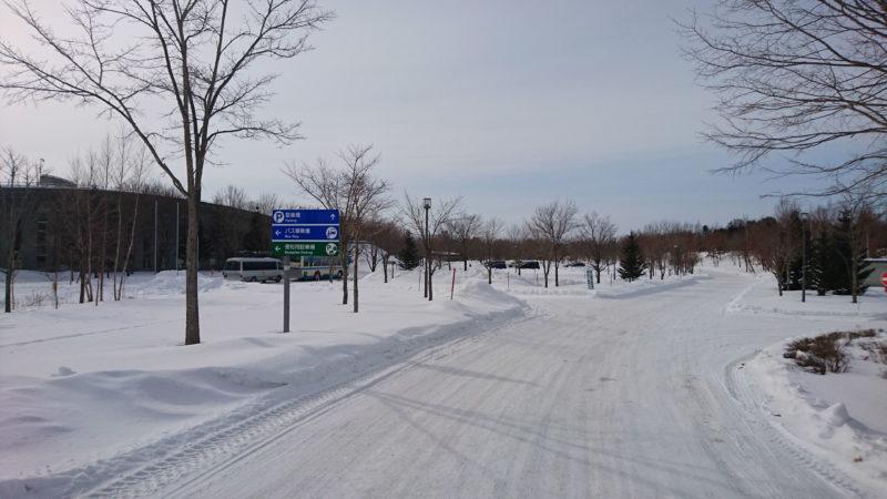 エコロジーパークの駐車場