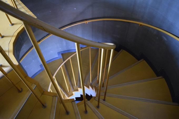 900草原展望館螺旋階段