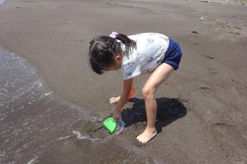 砂場遊びの道具