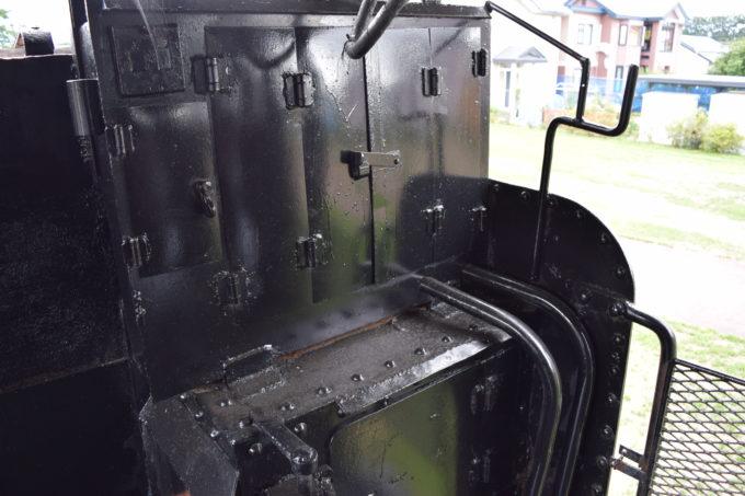 蒸気機関車の黒