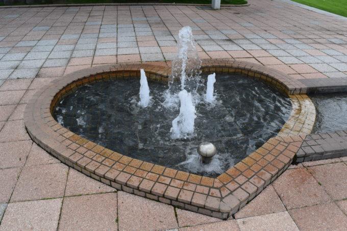 噴水部分はハート型