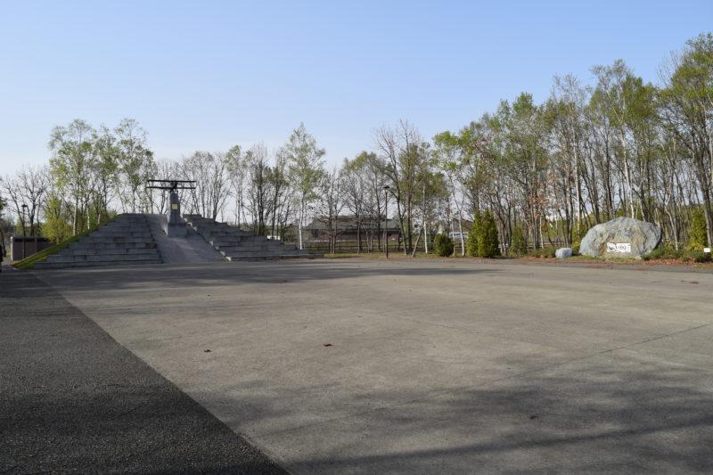 公園の広場全体