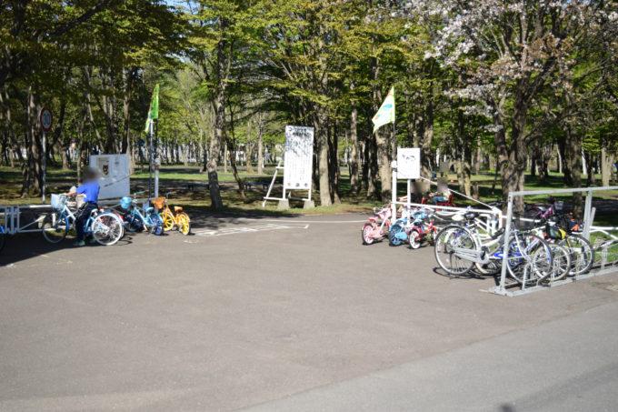 幼児用三輪車をはじめ、14~26インチの自転車(大人用・子供用)の無料貸出