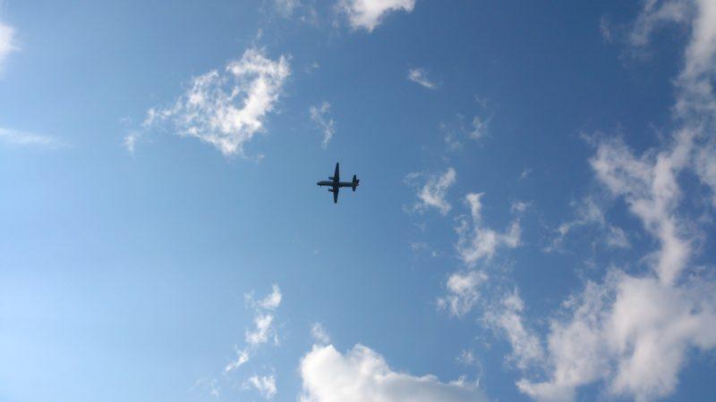 丘珠空港と道内の空港を行き来する飛行機