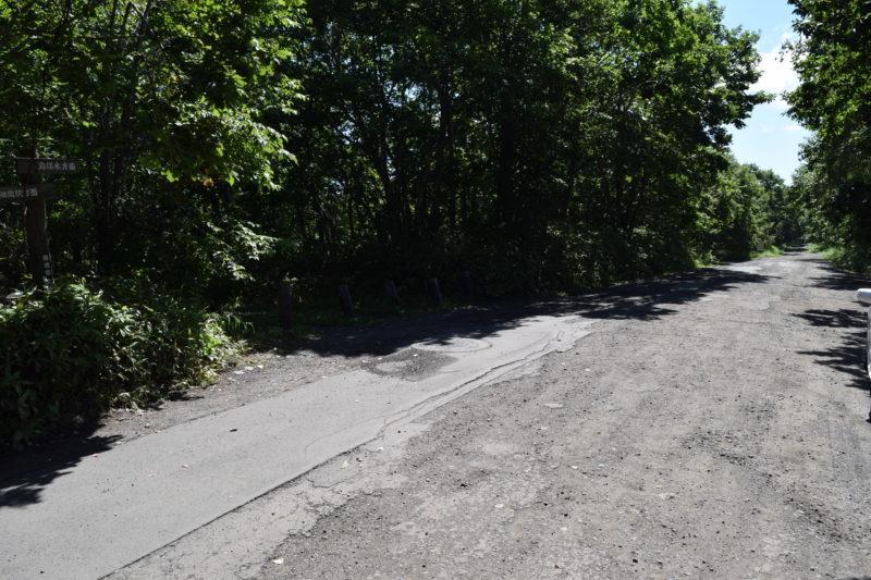 トリトウシ原野南11線まで通じる町道