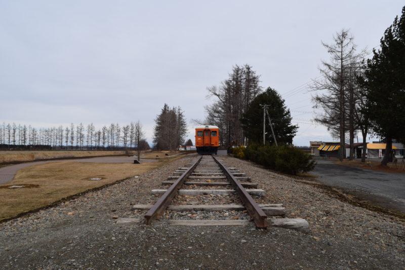 幸福駅の線路
