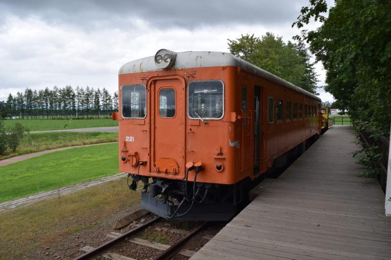 幸福駅キハ22形キハ22 221