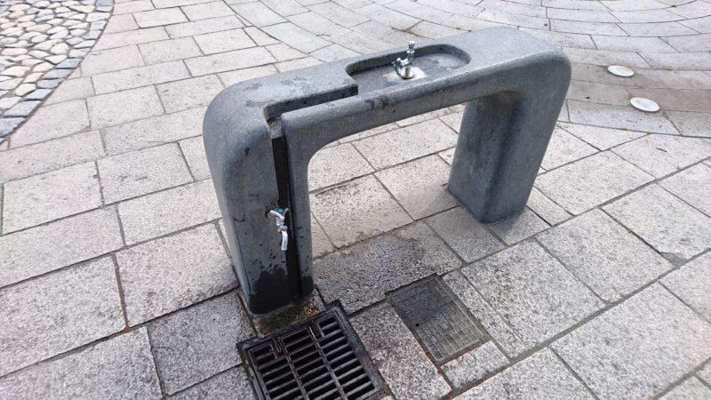 遊水路付近にある手洗い場・水飲み場