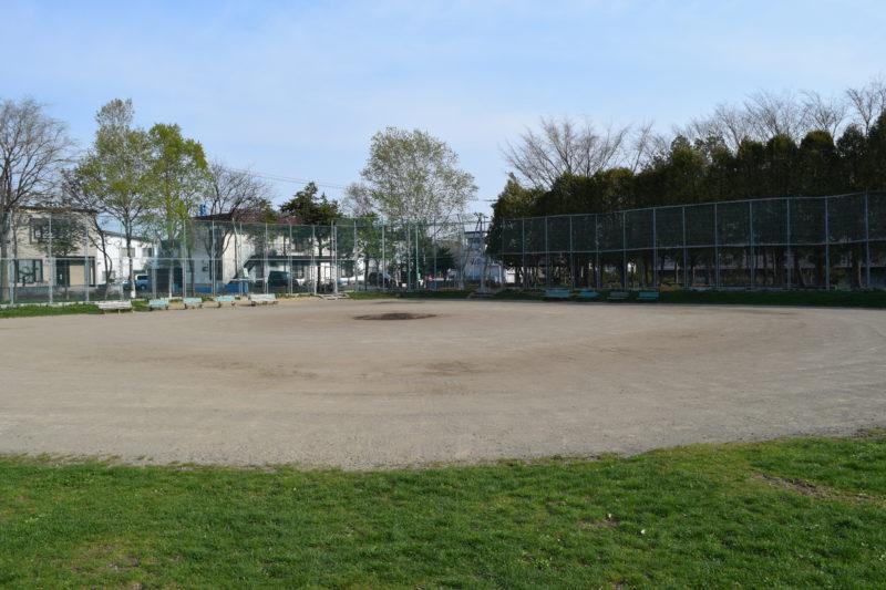 札苗中央公園野球場