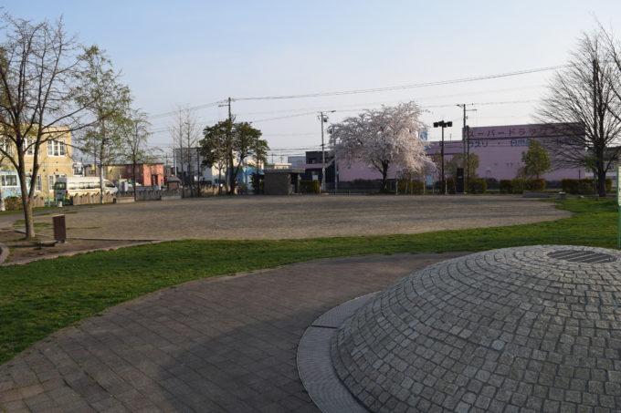 噴水から多目的広場