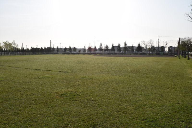 札苗東公園野球場