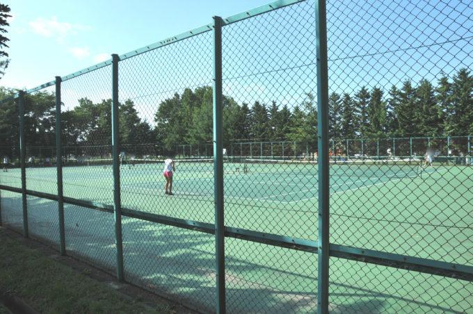 新琴似グリーン公園テニスコート