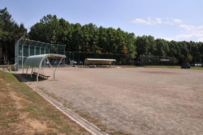新琴似グリーン公園野球場