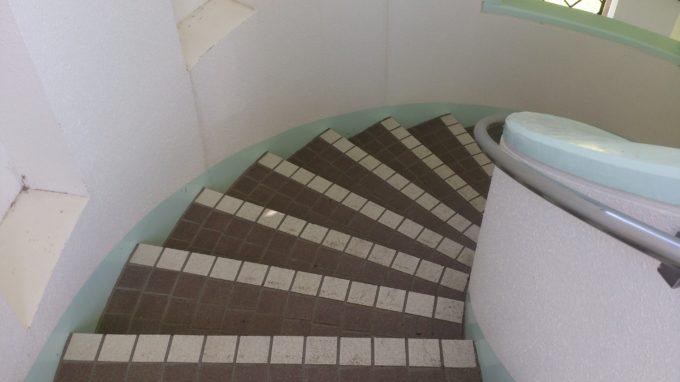 しのつ公園展望台の階段