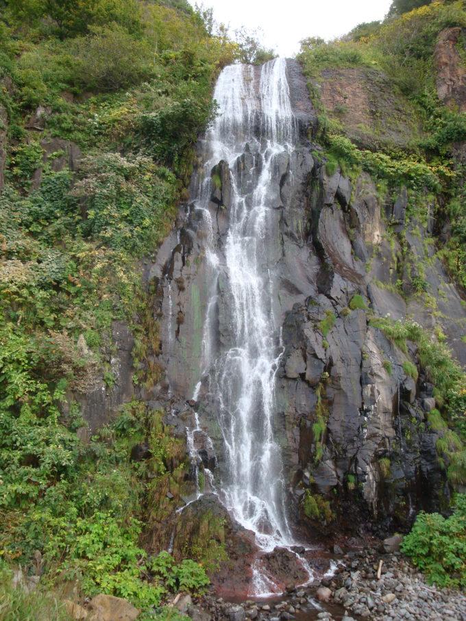 白銀の滝の全体