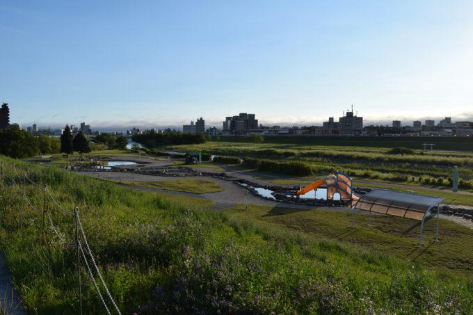豊平川沿いにあるウォーターガーデン