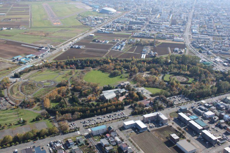 百合が原公園の航空写真