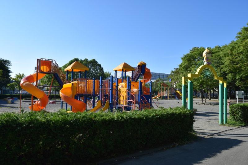 伏古公園の遊具広場