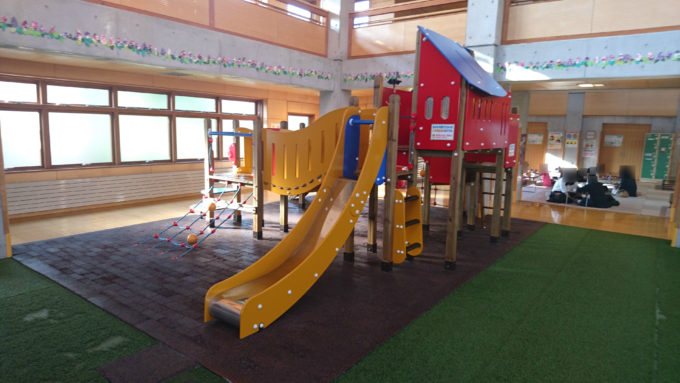 小学校低学年までを対象としたコンビネーション遊具