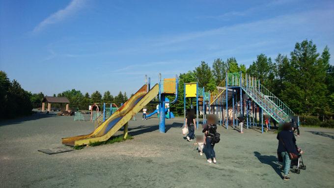 川下公園大型コンビネーション遊具