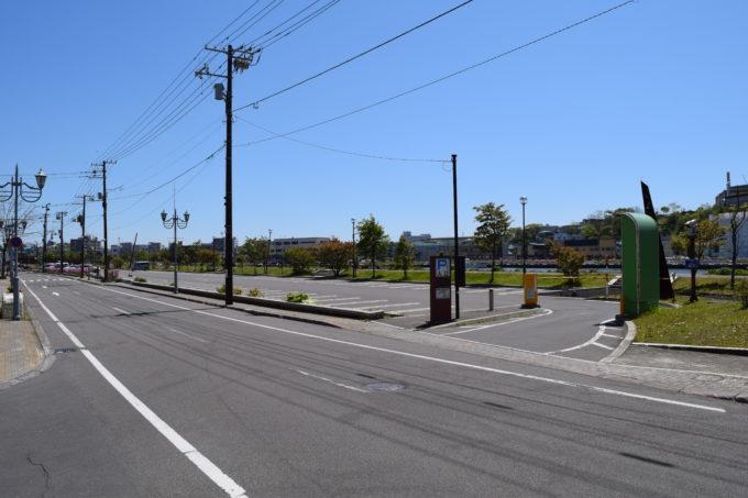 釧路川河畔駐車場