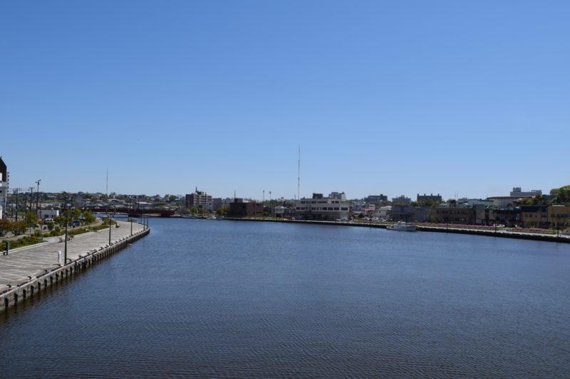 幣舞橋から久寿里橋(くすりばし)方面