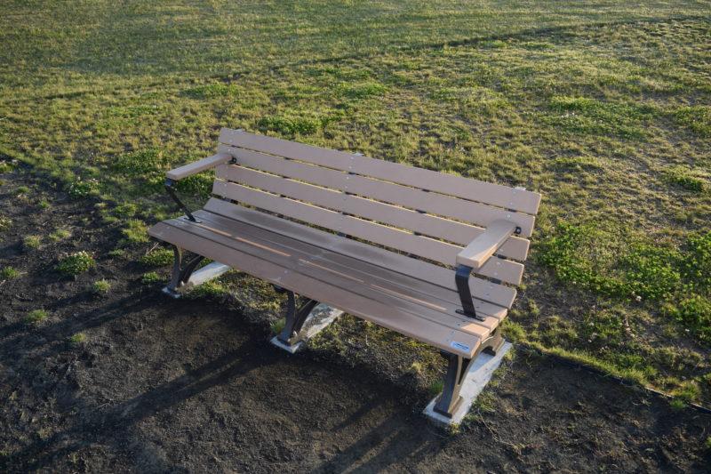 きたかぜ広場のベンチ