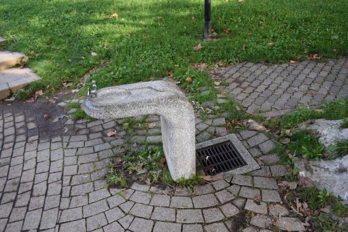 大友公園の水飲み場・手洗い場