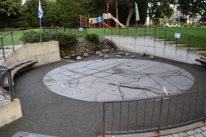 大友公園地図広場
