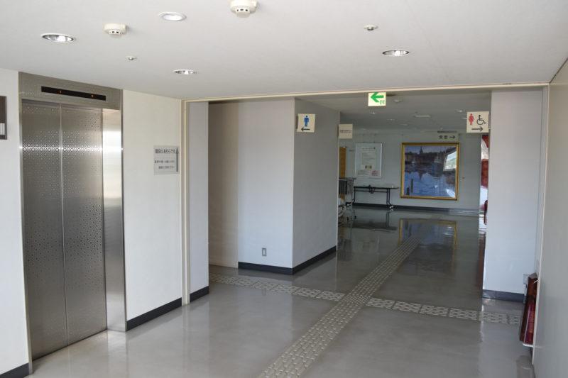 滝川市役所11階エレベーターホール