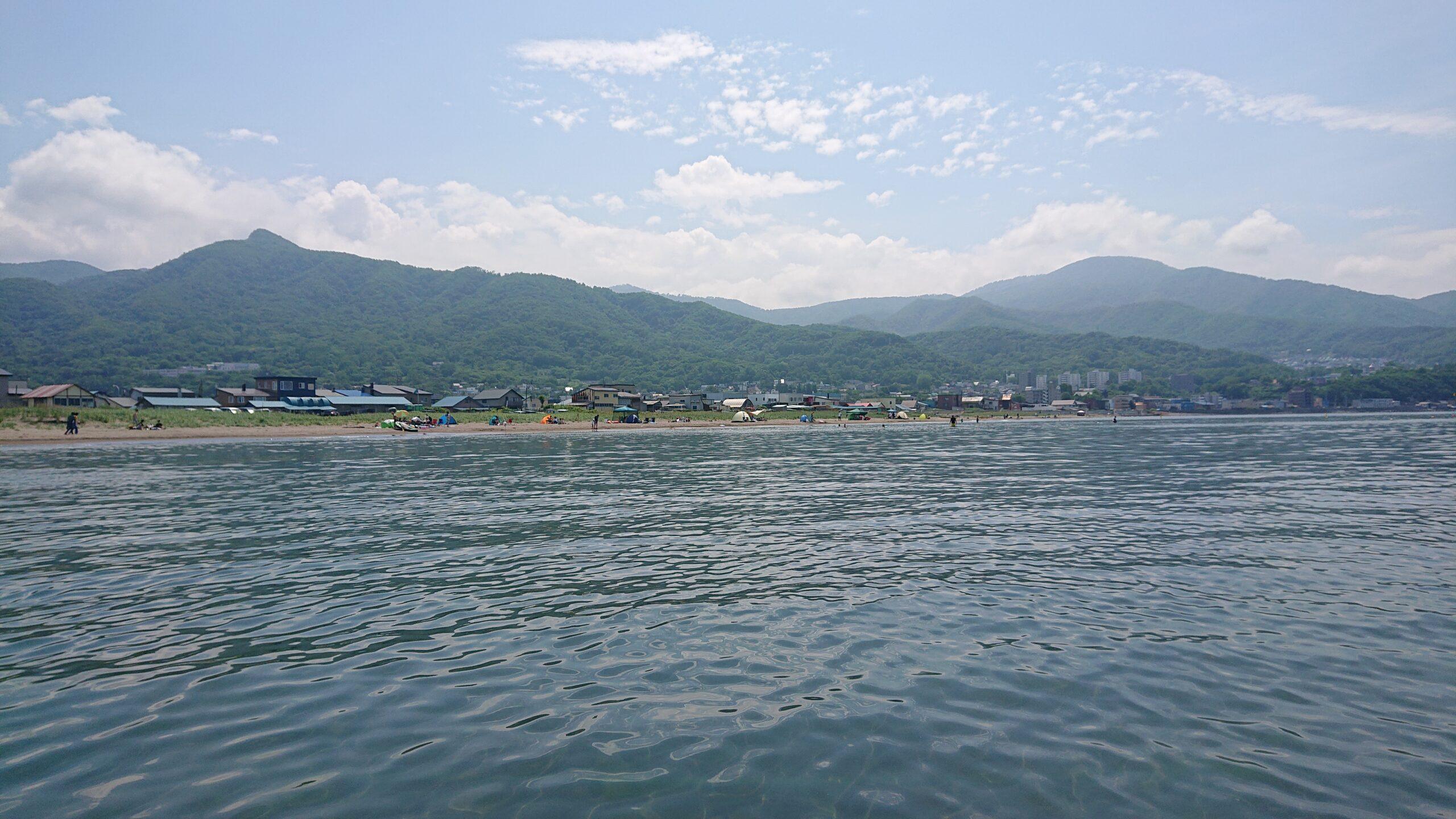 銭函海水浴場からJR銭函駅方面