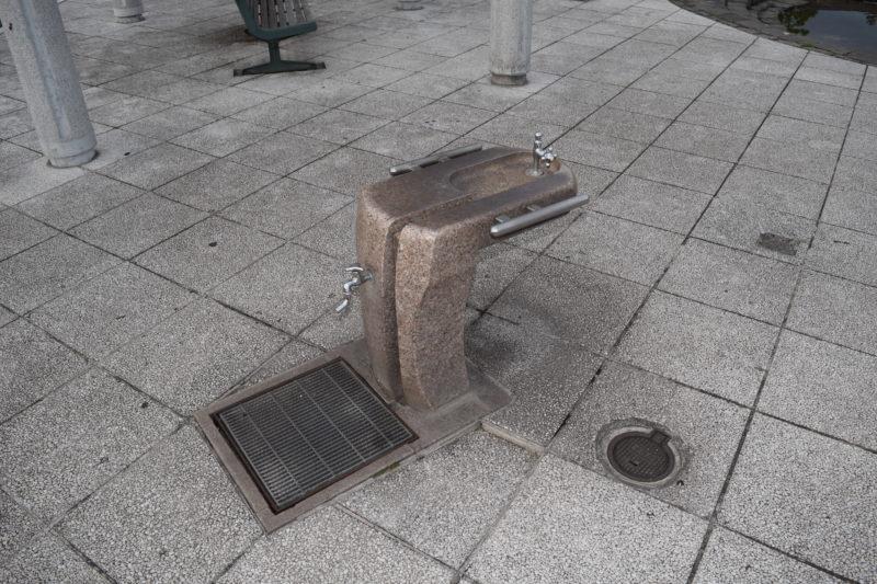 噴水広場・遊具広場にある水飲み場・手洗い場