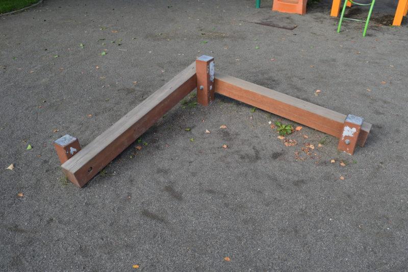 木製の平均台